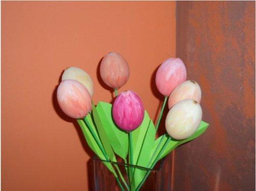 Jarní dekorace - tulipán